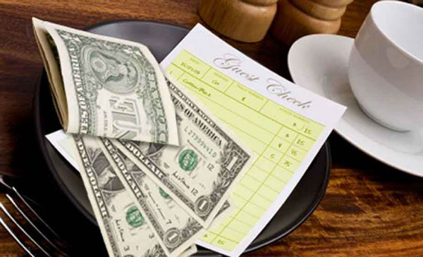 tipping-waiters